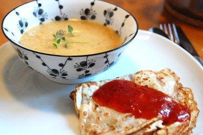 soppa och pannkakor