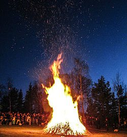 250px-Bonefire_at_skansen_on_walpurgis_night