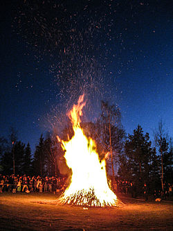 250px-Bonefire_at_skansen_on_walpurgis_night