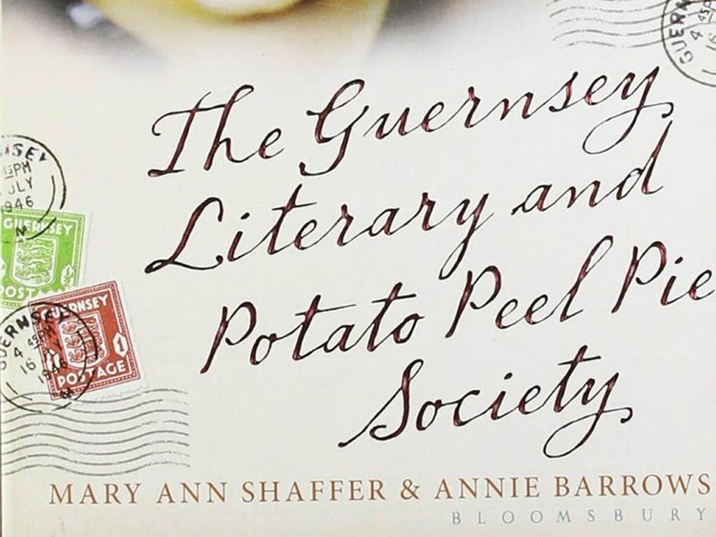 theguernseyliteraryandpotatopeelpiesociety_bookcover-portion